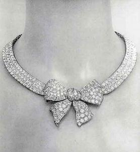 Bijoux de Diamants, Collier Comète: Chanel - Style & Angst